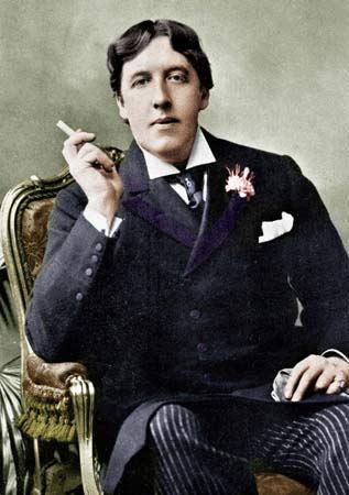Oscar Wilde wearing a boutonniere