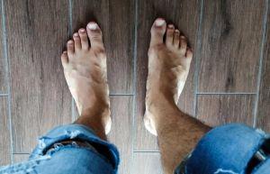 men's feet